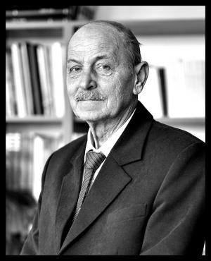 Dr. M. Csizmadia Béla 1942 – 2019