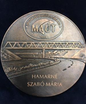 Aranymérföldkő Plakett kitüntetés