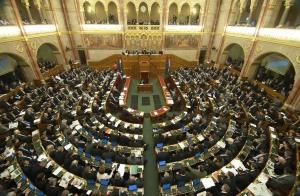 Elfogadták az épített környezet alakításáról és védelméről szóló 1997. évi LXXVIII. törvény módosítását